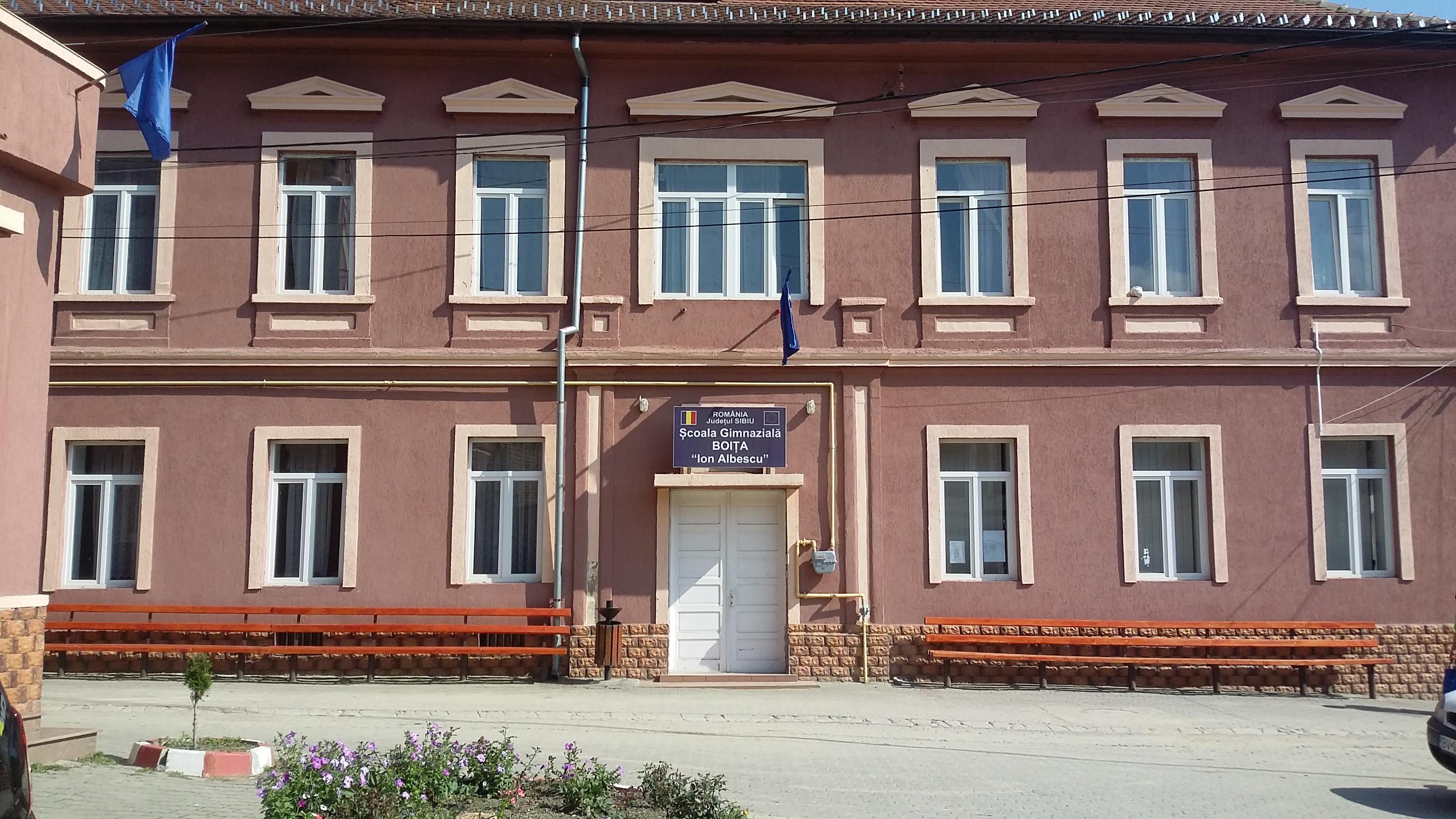 scoala_Boita[1]